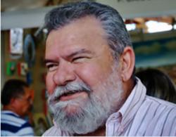 Betinho-Rosado-300x235-250x195