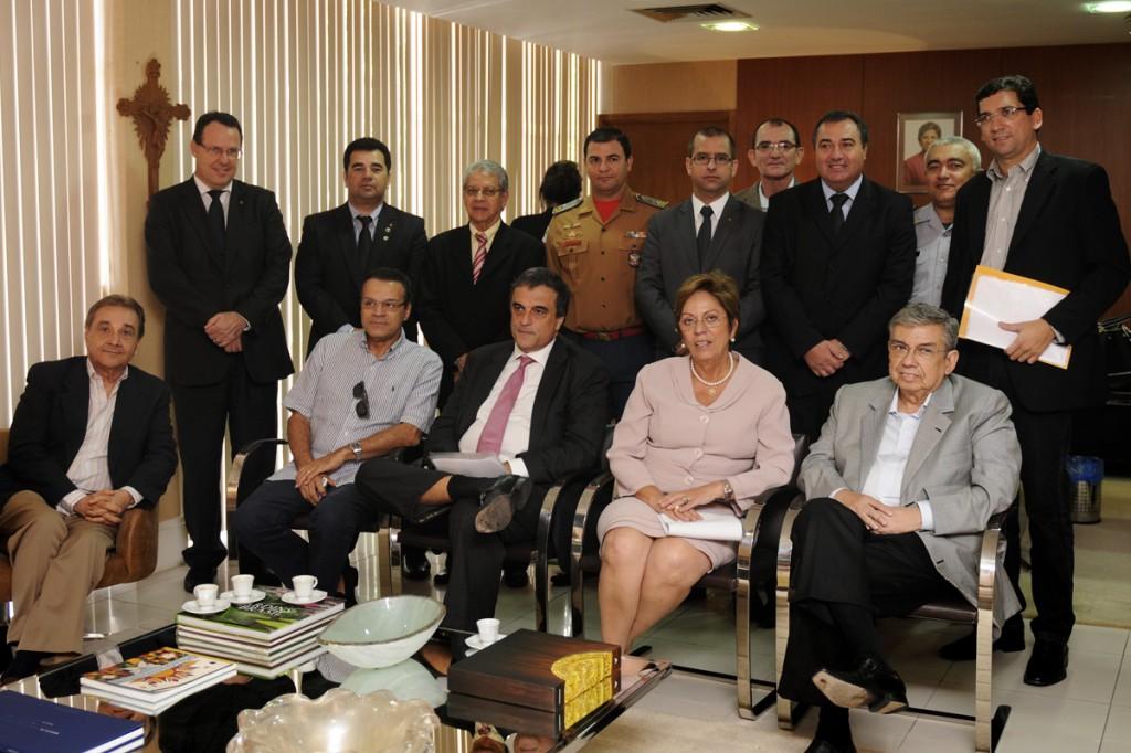 Governadora recebe Ministro Eduardo Cardozo - Elisa Elsie (11)