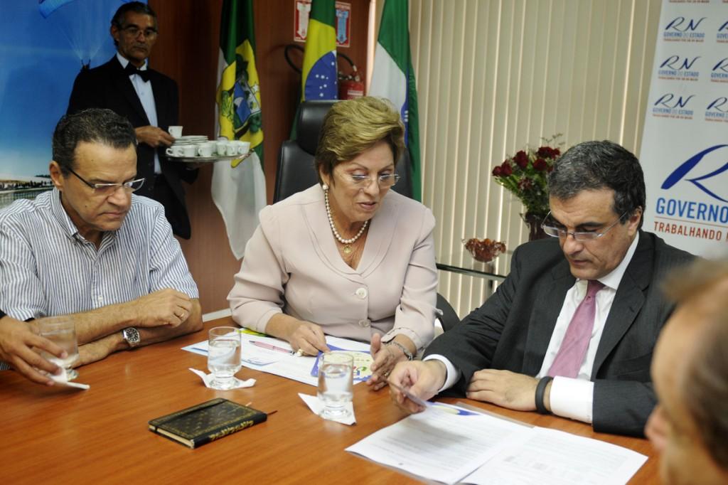 Governadora recebe Ministro Eduardo Cardozo - Elisa Elsie (18)