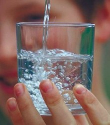 agua-beber-221x250