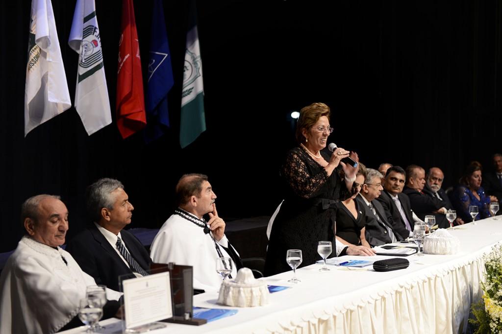 Governadora participa da posse do reitor da Uern, Paulo Fernandes Neto - Elisa Elsie (5)