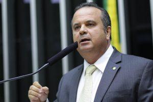Rogério Marinho em discurso (1)