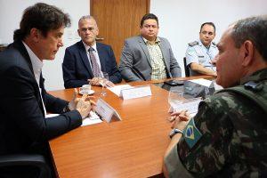 22.08 Governador recebe militares do Exército - Foto Rayane Mainara (2)